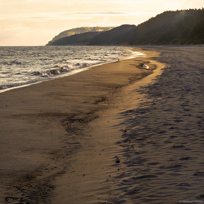 Quadrat Strand Sonnenaufgang Ostsee Strandmorgen