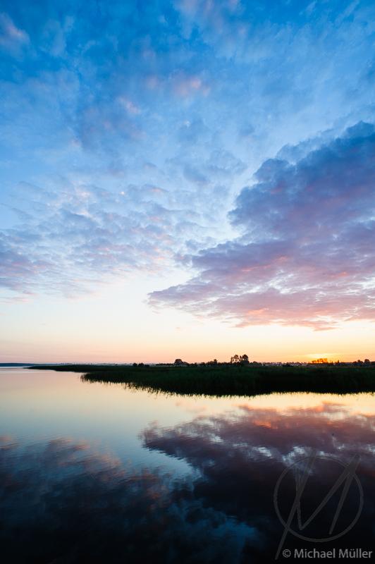 Morgenstille Poesie des Wassers